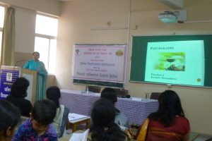 Dr. Sheetal Kolhe giving details about 'Panchkarma and Health'