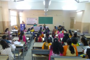 Dr. Shilpagauri Ganpule guiding on 'Personality Traits at workplace'